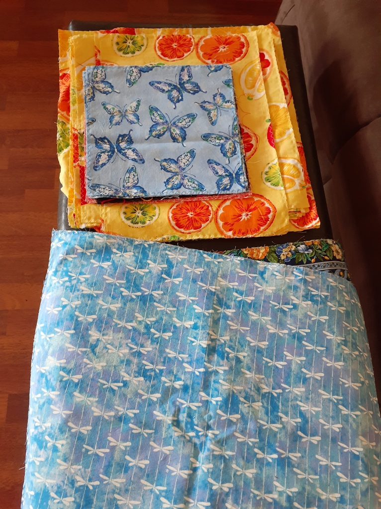 This image has an empty alt attribute; its file name is beeswax-wraps.jpg